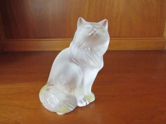 Lalique Crystal Heggie Cat - $180obo